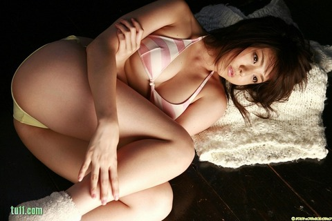 shizuka_nakamura049